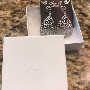Scroll silver dangle earrings